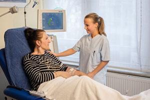 Dialyse in Tübingen - Krankenschwester